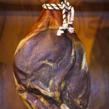 Presunto (cured ham)